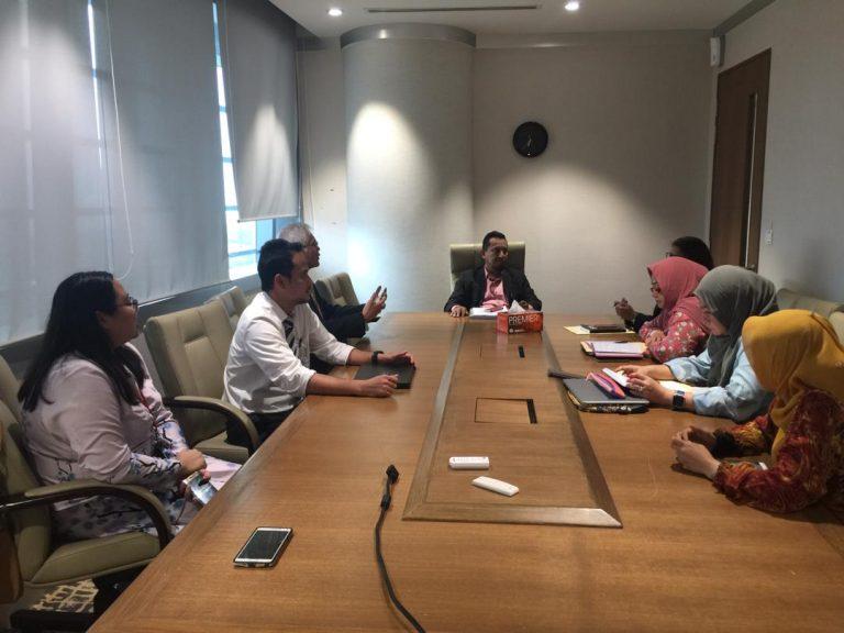 6.MEETING WITH SECRETARY GENERAL MITI YBHG. DATO_ LOKMAN HAKIM ALI