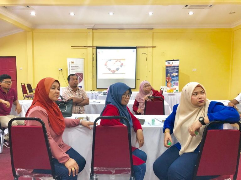 8.Kick-off meeting with Jerantut farmers on MyGAP-IBE project at enterprise level.
